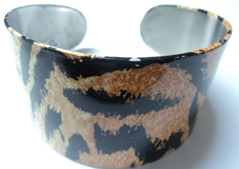 ACERO PULSERAS CARDINAL MEDIA ESCLAVA ANCHA ANIMAL PRINT